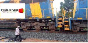 Collision de deux trains minéraliers à Kamsar